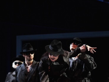 Cabaret lunaire. Na zdj. Agata Zubel, Krzysztof Kozarek oraz tancerze. Fot . Jacek Jarczokjpg (2)